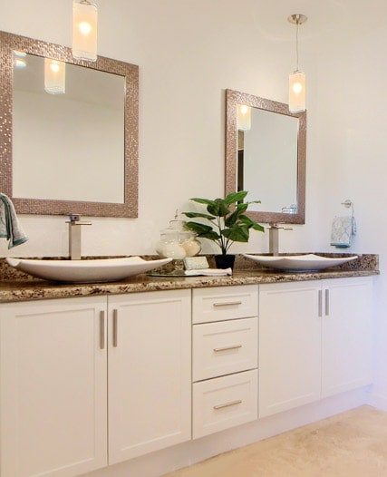 Luxury bathroom interiors in and around Denver by MARGARITA BRAVO